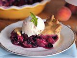 Letní koláč s borůvkami a broskvemi recept