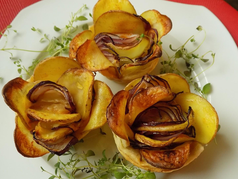 Bramborové růžičky v listovém těstě recept