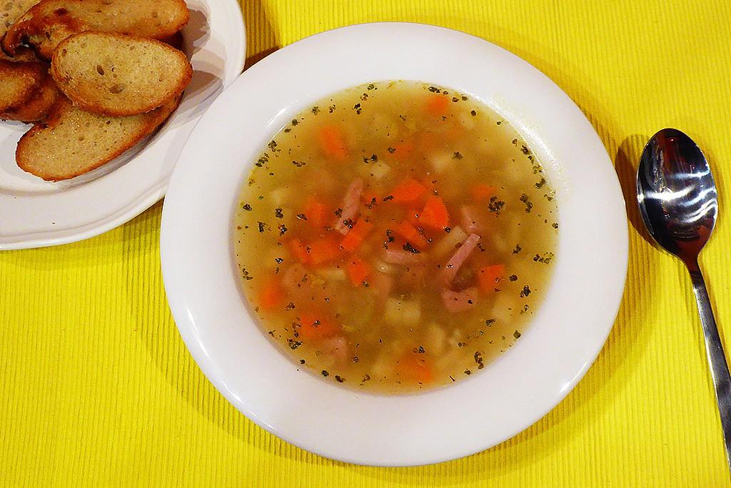 Falešná ovarová polévka s kroupami recept