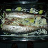 Makrely pečené s pórkem recept