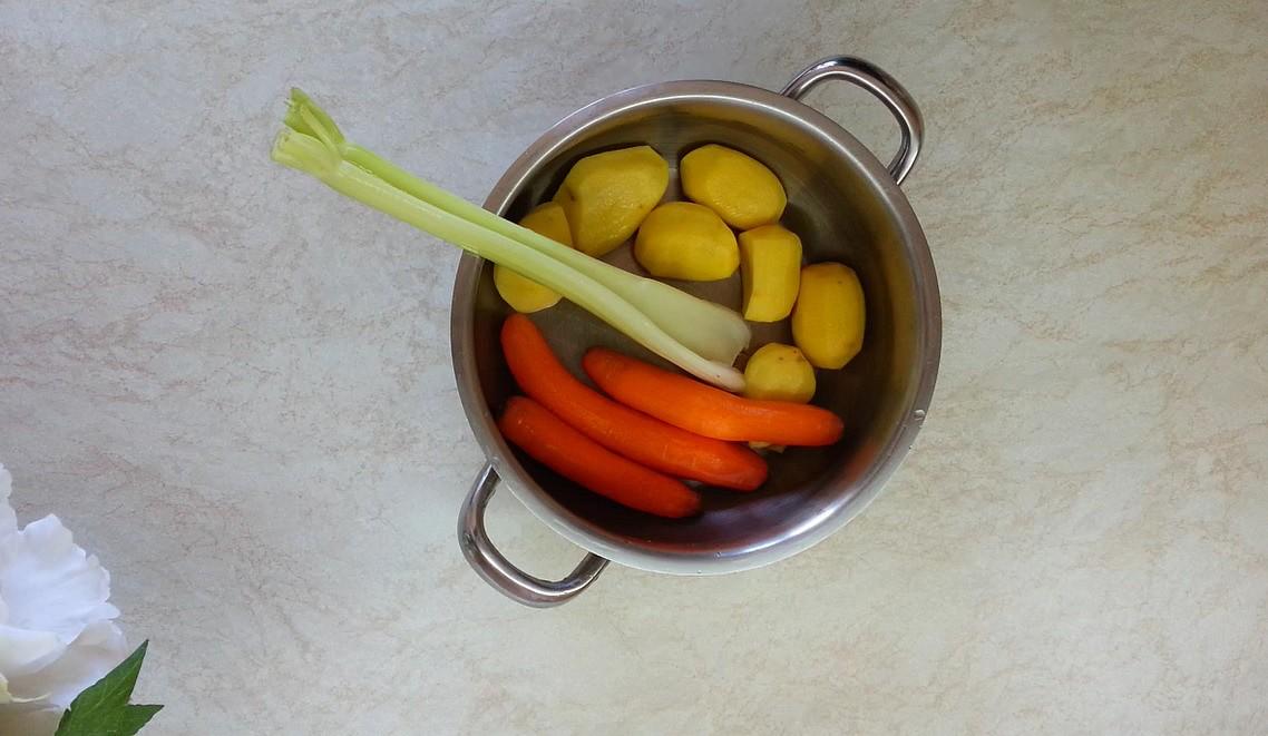 Bramborová kaše  zeleninová recept