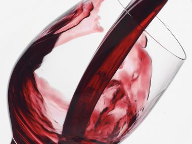 Řezy z červeného vína