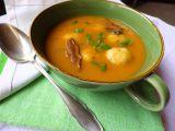 Houbová polévka s bramborovými knedlíčky recept