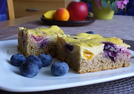 Bezlepkový tvarohovo  ovocný koláč recept