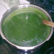 Špenátová polévka s těstovinami recept