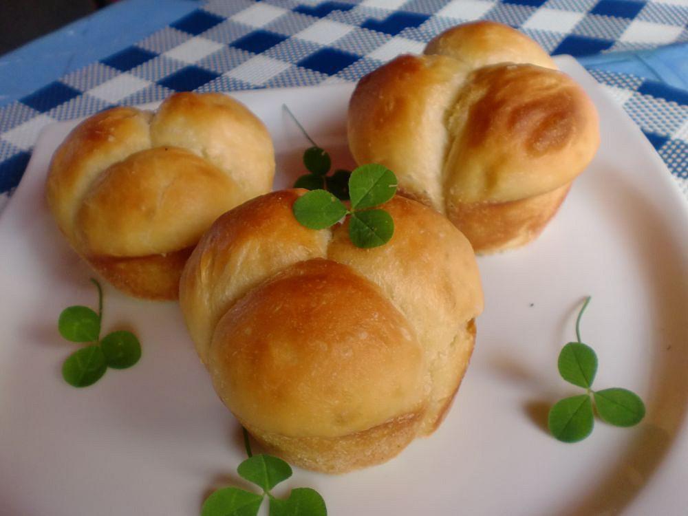 Trojlístky z máslového těsta recept