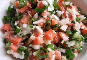 Matesový salát s lahůdkovou cibulkou