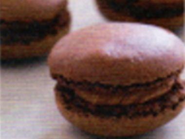 Čokoládovo-mandlové makronky