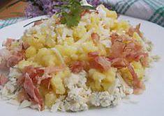 Halušky z bramborového těsta, se dvěma druhy sýrů a slaninou ...