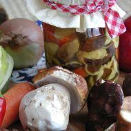 Houby nakládané se zeleninou recept