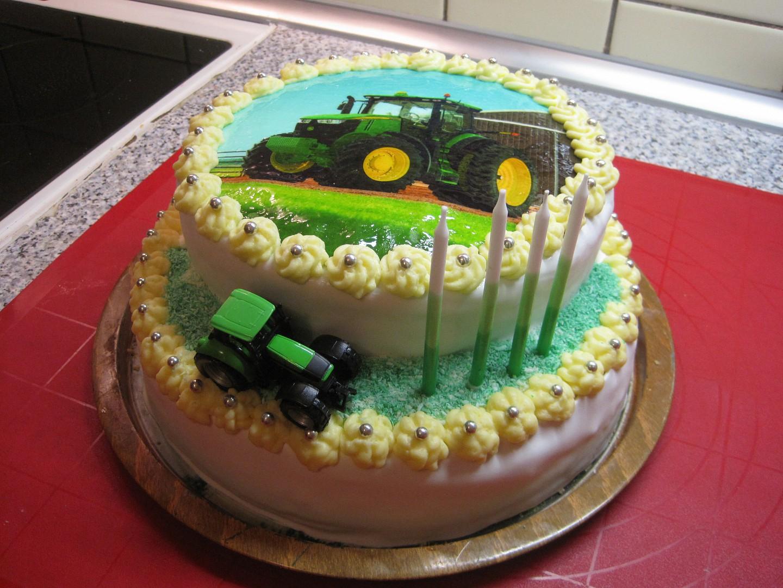 Patrový traktorový dort recept
