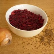 Zdravý a jednoduchý salát z červené řepy recept
