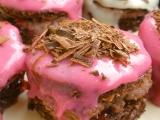 Růžové dortíčky s kefírem recept