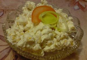 Sýr Cottage s kukuřicí a česnekem