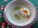 Polévka nakyselo se ztraceným vejcem recept