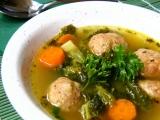 Kapustová polévka s klobásovými knedlíčky recept