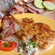 Kuřecí na slanině a nivě recept