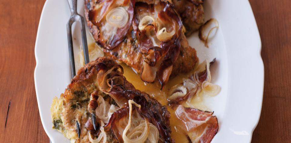Pečená krkovice v těstíčku se slaninou a česnekem