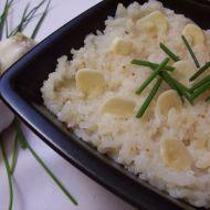 Česneková rýže recept