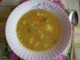 Krémová zeleninová polévka s cibulovými nočky. recept ...