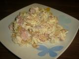 Salát z kysaného zelí s oříšky recept