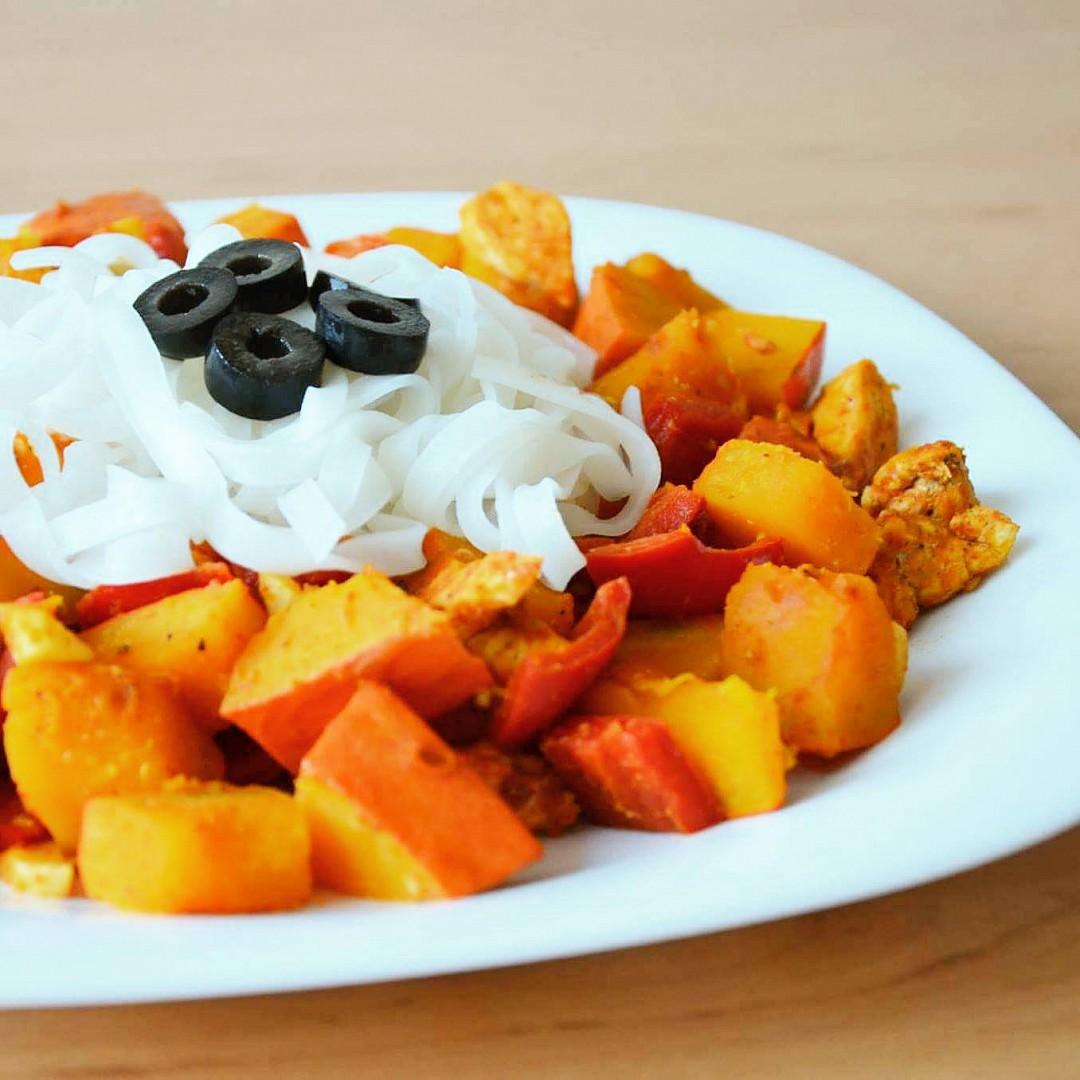 Hokkaido s kuřecím, chilli a kurkumou recept