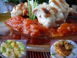 Kuřecí kebaby na rajčatové omáčce s kukuřičnými smaženkami ...