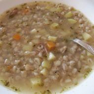Polévka z uzeného masa s česnekem recept