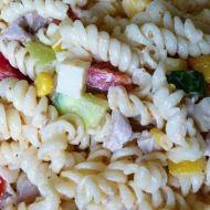 Těstovinový salát s kuřecím masem podle Camela recept