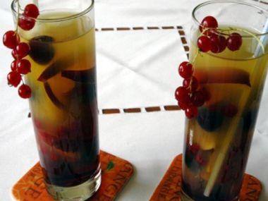 Ovocný nápoj pro děti