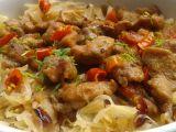 Vepřové kostky z krkovice v kysaném zelí recept