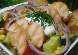 Salát z grilovaného masa a zeleniny recept