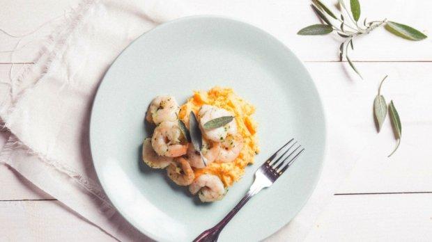 Rychlé krevety s bramborovo-batátovým pyré