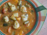 Sytá zeleninová polévka s parmazánovými knedlíčky recept ...