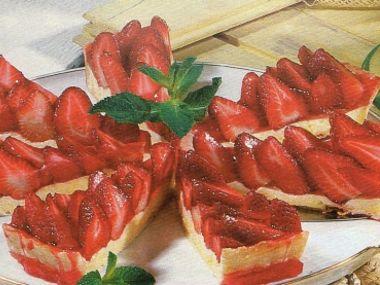 Jahodový koláč s bavorským krémem