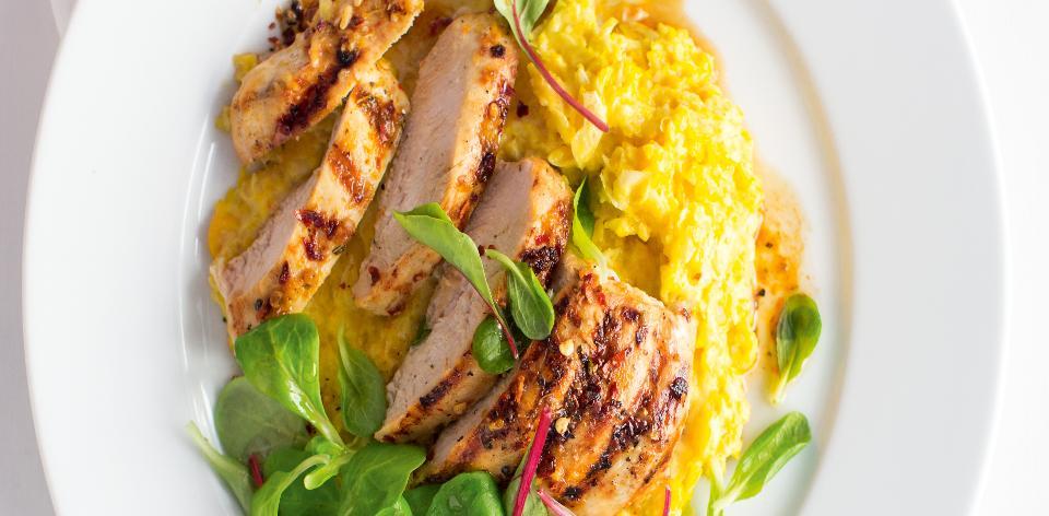 Pikantní kuře s krémovou kukuřicí