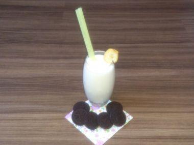 Banánový koktejl s vanilkou