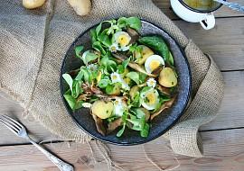 Bramborový salát s vejci a hlívou recept
