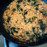 Japonská kuřecí polévka se zeleninou recept