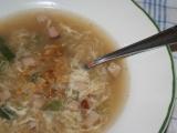 Uzená polévka s krupicí a vejcem recept