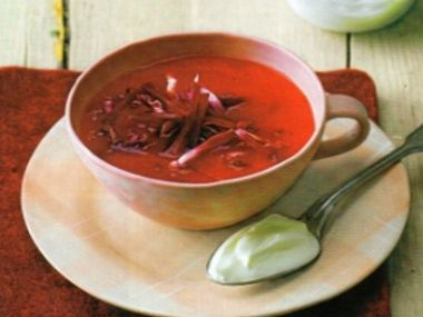 Krémová řepná polévka
