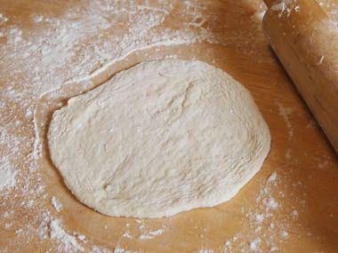 Těsto na pizzu s kypřícím práškem