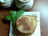 Medové lívanečky se skořicovým máslem recept