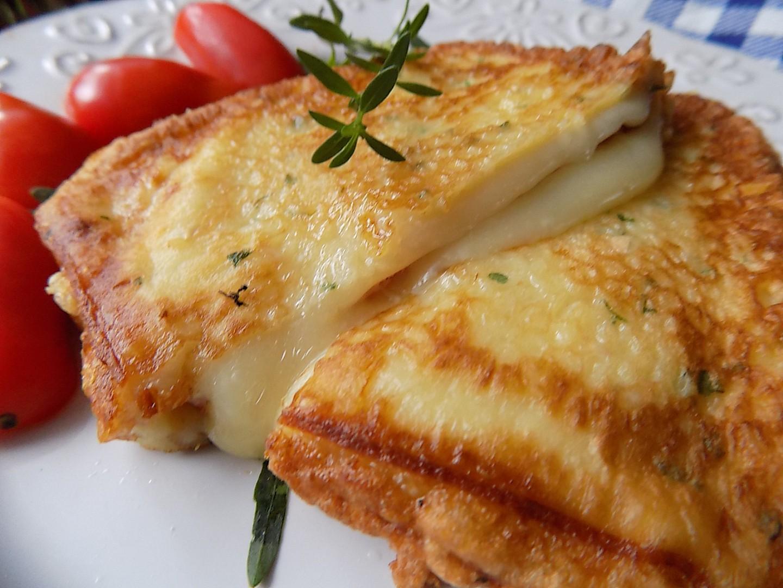 Uzený sýr se šunkou v těstíčku recept