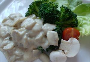 Brokolice s žampionovým přelivem