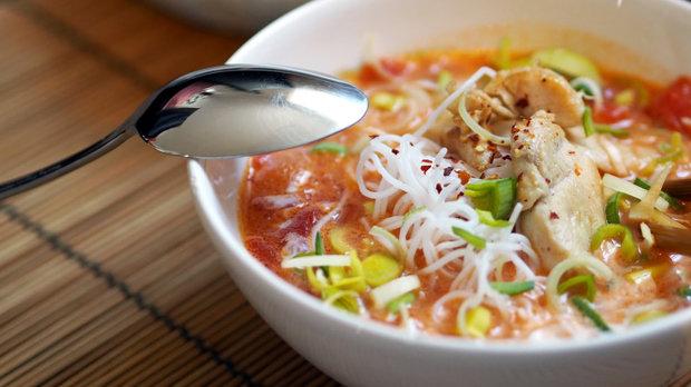 Asijská kokosová polévka