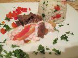 Hovězí nudličky na česneku s grepovým dipem a zeleninovou rýží ...