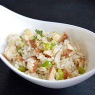 Rýže na cibulce s uzeným tofu recept