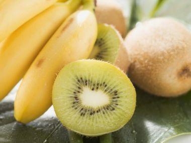 Zimní koktejl z kiwi a banánu