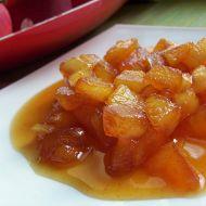 Teplý ovocný salát s karamelem recept